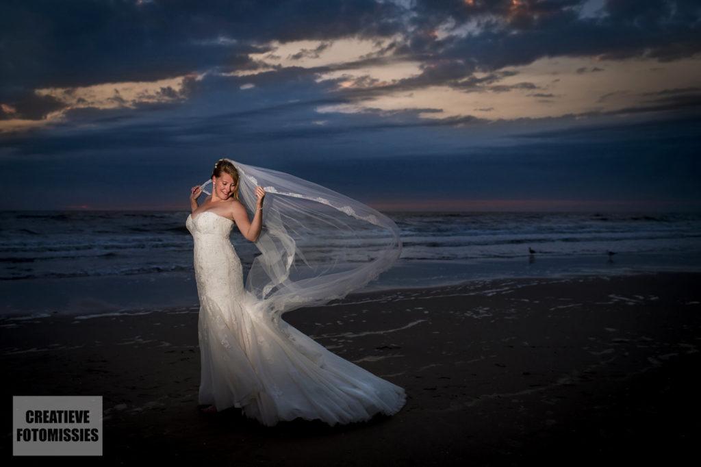bruid zonsondergang